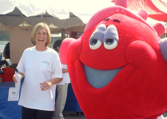 HealthMPowers Educator with OrganWiseGuys' Hearty Heart